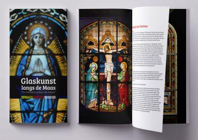 """Glaskunst langs de Maas; """"de verhalen achter de ramen"""""""